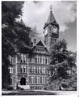 Auburn Building